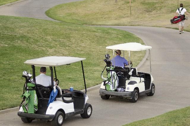 ゴルフコンペの景品予算目安表―6組24人の場合―